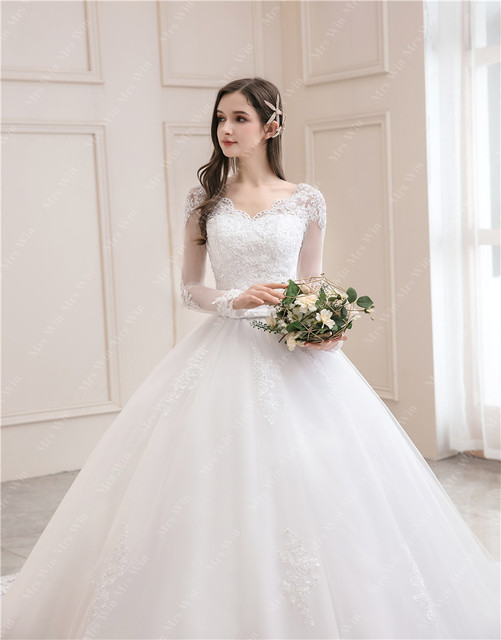 Wedding Dress 2021 New Luxury Full Sleeve Sexy V-neck Bride Dress With Train Ball Gown Princess Classic Wedding Gowns 3
