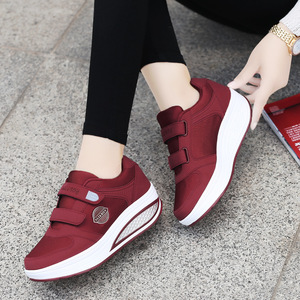 Image 5 - Женские туфли на плоской подошве, повседневные светильник туфли из дышащего материала, на платформе, для похудения, модель 2020 года