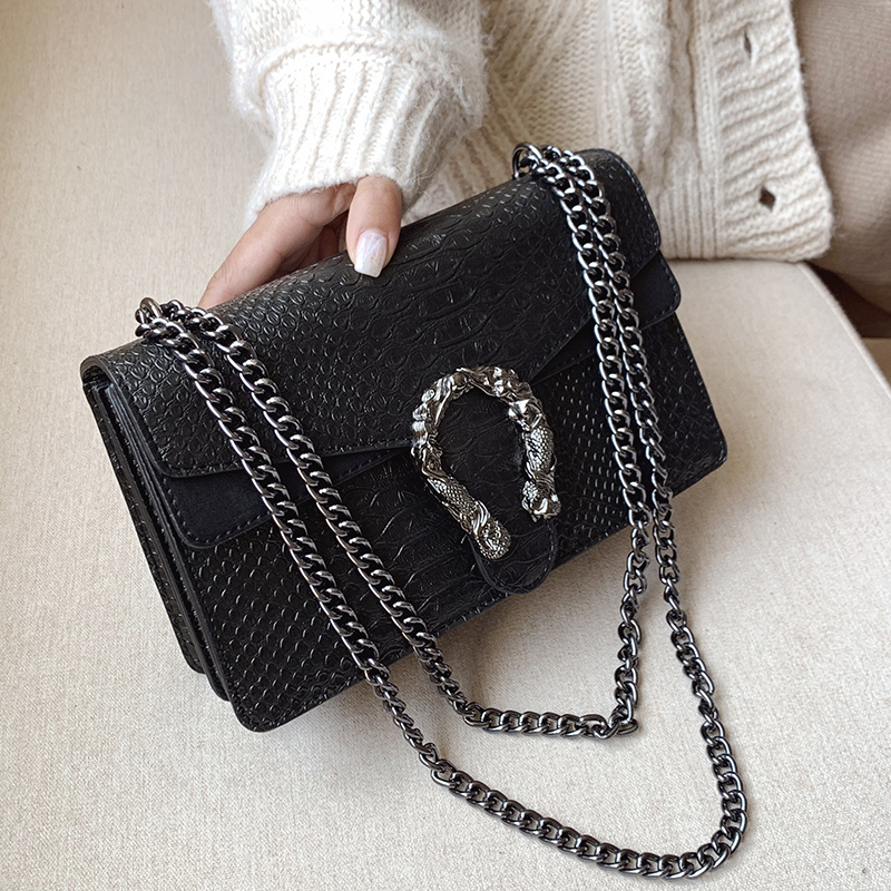 Metal Appliques Flap Women Bag Chain Small Crossbody Bags For Female Shoulder Messager Handbags Black White Fashion Lady