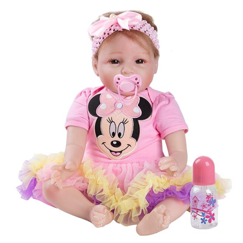 Coloré bébé poupée jouet fille 22 pouces Reborn vinyle filles poupées enfants haut talon costume doux Silicone 55 cm boneca nouveau-né