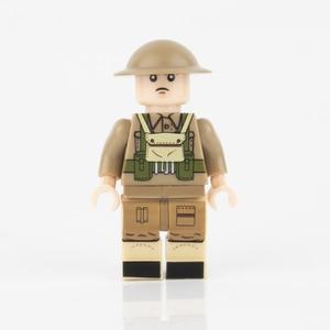 Image 5 - WW2 военные строительные блоки, противогаз, армия, британский солдат, шлемы, медицинские аксессуары, детали, кирпичи WW1, детская игрушка
