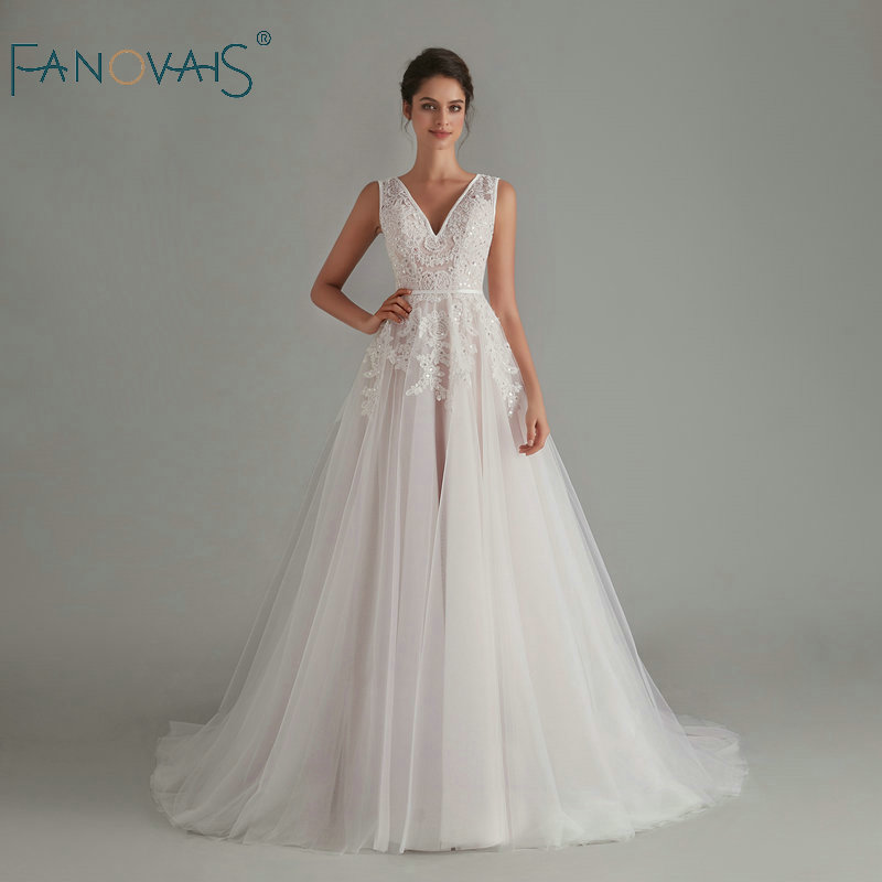 Elegant Boho Wedding Dress 2020 V-Neck Sleeveless Backless Bride Dress Long Vestido De Noiva Robe De Mariee Lace Wedding Gown
