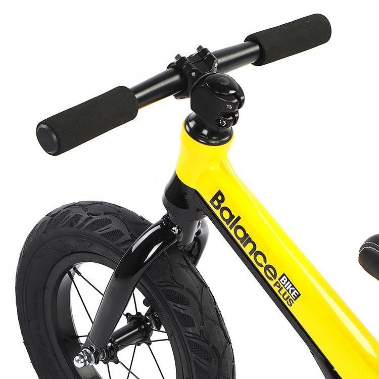 Niño brillante niños equilibrio bicicleta sin Pedal ultraligero práctica de conducción bicicleta aprender a caminar para 2 ~ 6 años de edad niños regalo - 4