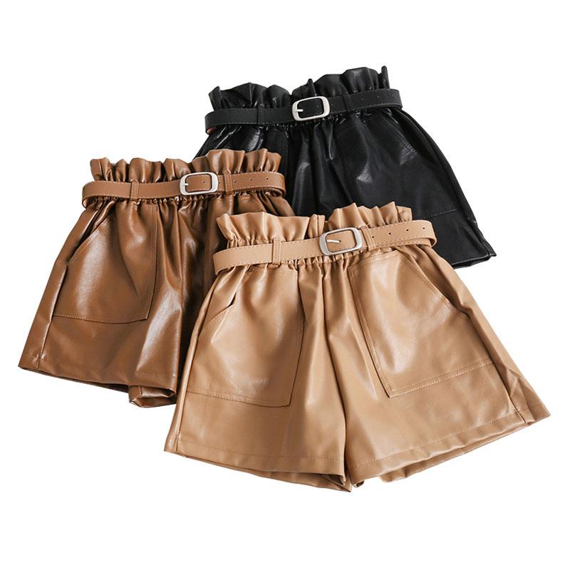 Elastische Hohe Taille Lose PU Leder Shorts Frauen England Stil Schärpen Breite Bein Kurze Damen Sexy Leder Shorts Herbst Winter