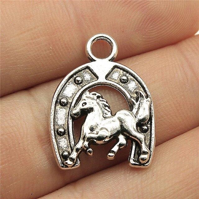 Charms Accessoire Lucky Horse shoe charm//pendentif Tibétain Argent Antique 16 mm 50