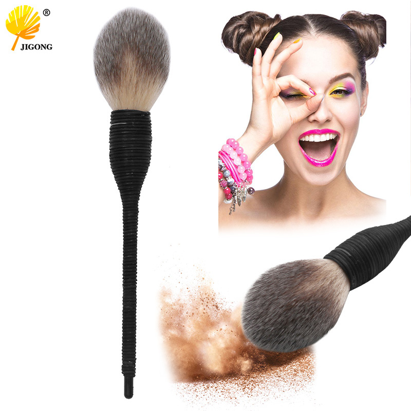 1pc Profesional Makeup Brushes Cosmetic Blush Powder Brush Flat Goat Wool Rattan Foundation Make Up Brushes Beauty Tool