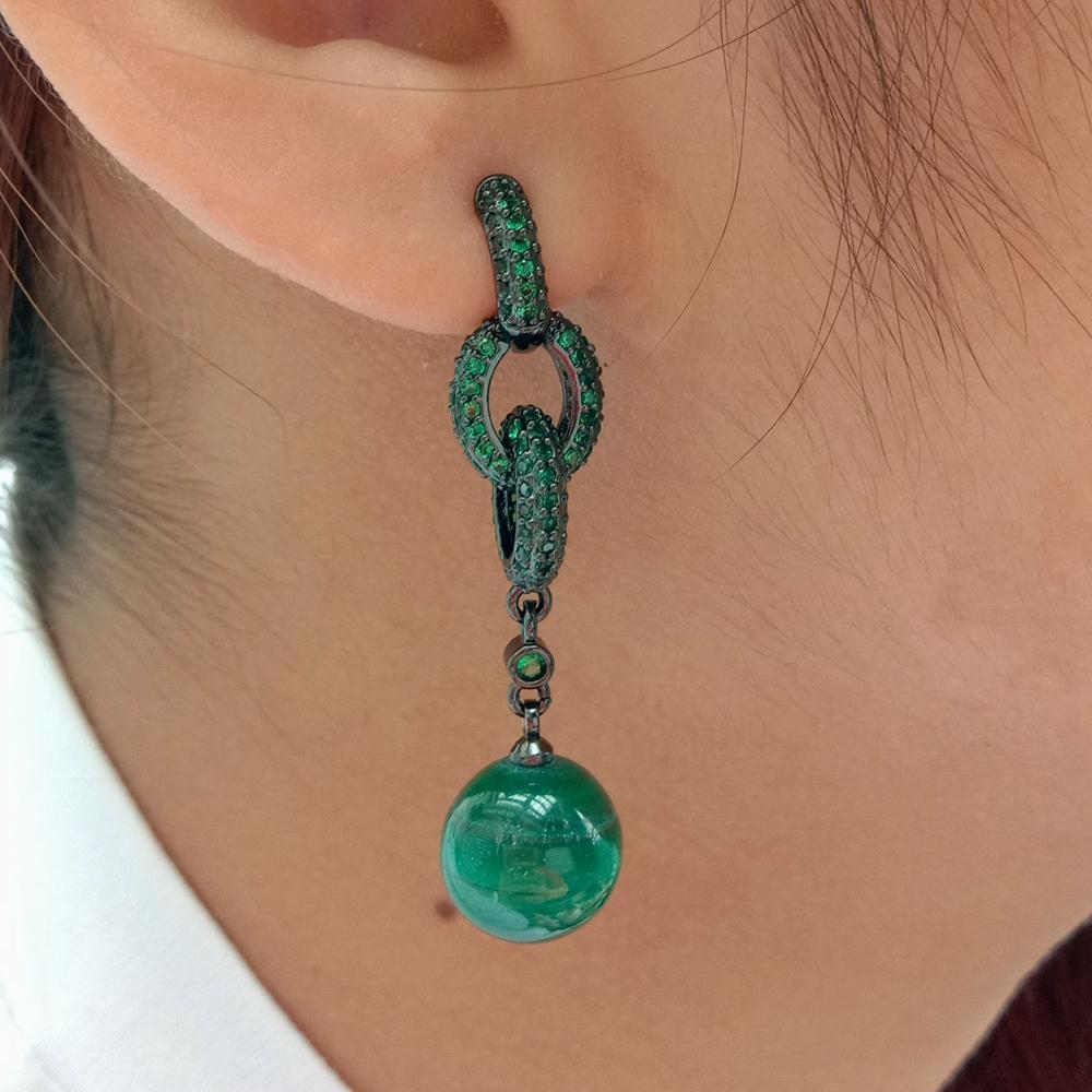Женские круглые серьги-пусеты из натурального зеленого малахита и кубического циркония, с цветным покрытием