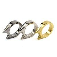 Anillo de seguridad de supervivencia para hombres y mujeres, herramienta de defensa personal de acero inoxidable, anillo de defensa para los dedos, Color plateado, dorado y negro, 1 Uds.