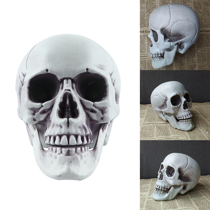 Plastic Artificial Skull Head Horror Props Halloweens Parties Supply Decorations