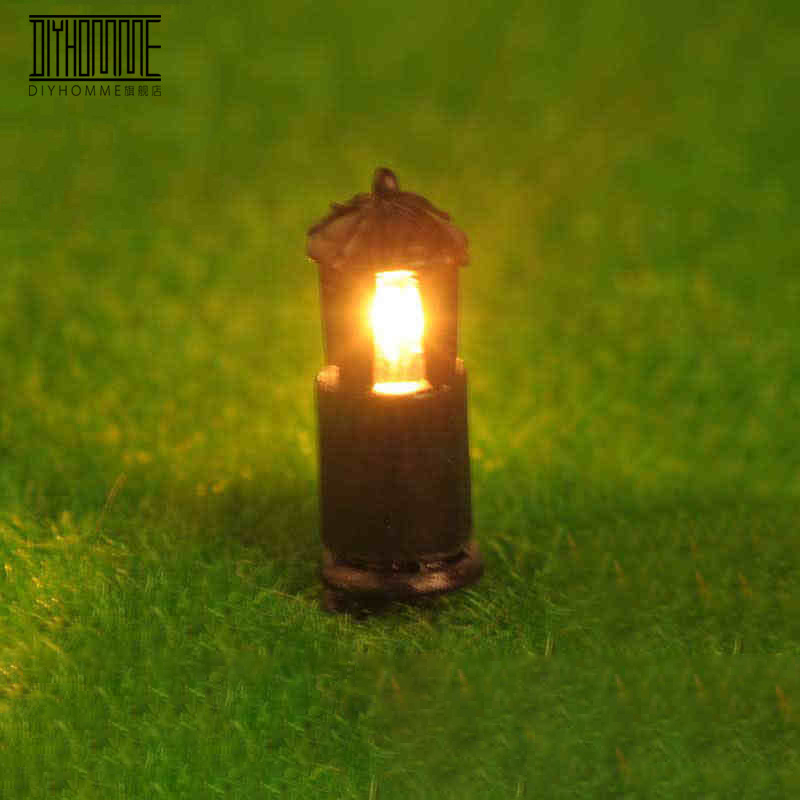 20pcs Model Railway Lamppost Lamps Lawn Lights HO Scale