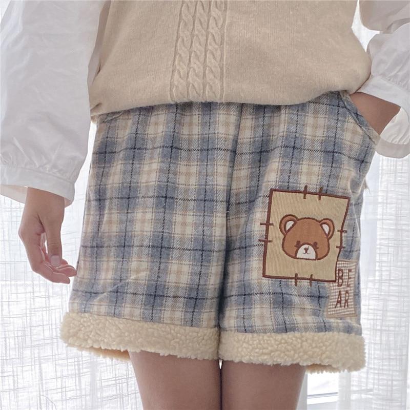 Soft Girl Winter Warm Shorts Kawaii Bear Women Wool Shorts Mori Girl Vintage Plaid Cute Cartoon Fluffy Shorts Woollen Bottom