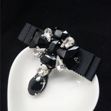 Luxurious Full Black Brooches Female Lady Water Drop Brooch Bow Pin Lapel Antique Crystal