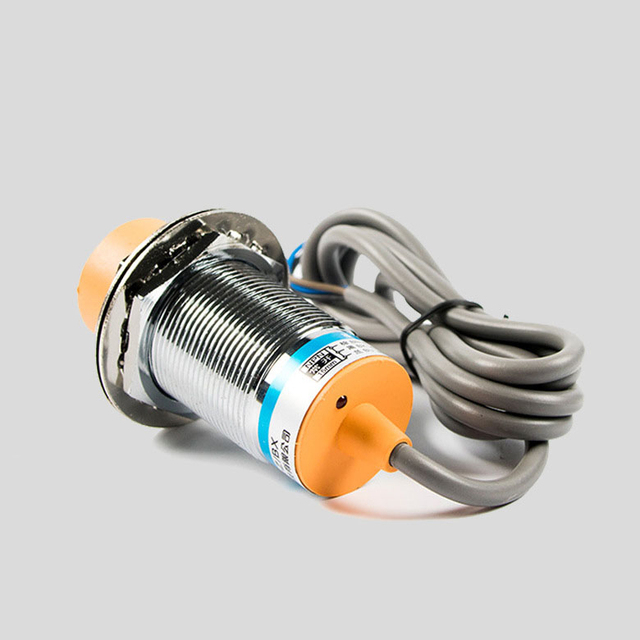 Proximity Switch Sensor M30 Inductance Type 24V12C DC Three Wires NPN NC LJ30A3-15-Z/AX