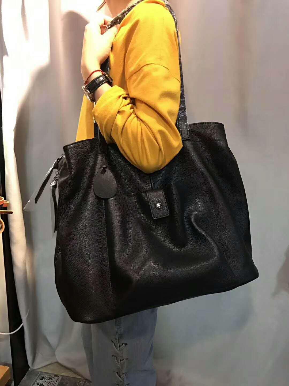 Big Casual Shoulder Bags For Women 2019 100% Genuine Leather Luxury Handbag Designer Large Hobos Bag Solid Color Women Tote Bag