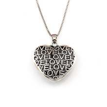 2pcs  3D Love hollow Heart charm Pendant Necklaces 23.6inches 35X35.2MM Antique silver A-554d