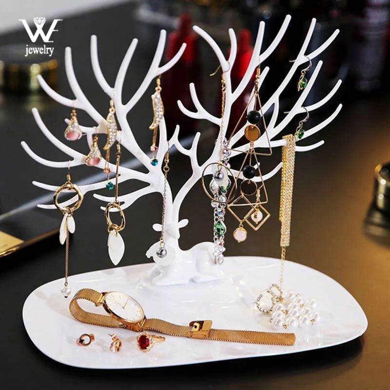 אנחנו שחור לבן ורוד עלה אדום צבי עגילי שרשרת טבעת תליון צמיד תכשיטי מקרי & סטנד מגש עץ אחסון תכשיטים