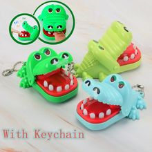 2021 venda quente novo criativo portátil tamanho pequeno crocodilo boca dentista mordida dedo jogo engraçado gags brinquedo com chaveiro para crianças