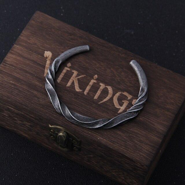 Bracelet Vikings couleur fer avec boîte en bois  3