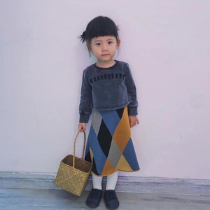 Image 2 - בנות סריגה טלאי צבע חצאית ילדי אופנה בדרגה גבוהה בנות ארוך חצאיות ילדי בגדי 0.8kg #39