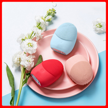 CF018 Facial Cleansing Brush Waterproof Electric Facial Cleanser Acne Sensitive Skin Face Cleaner Silicone Vibration Massager