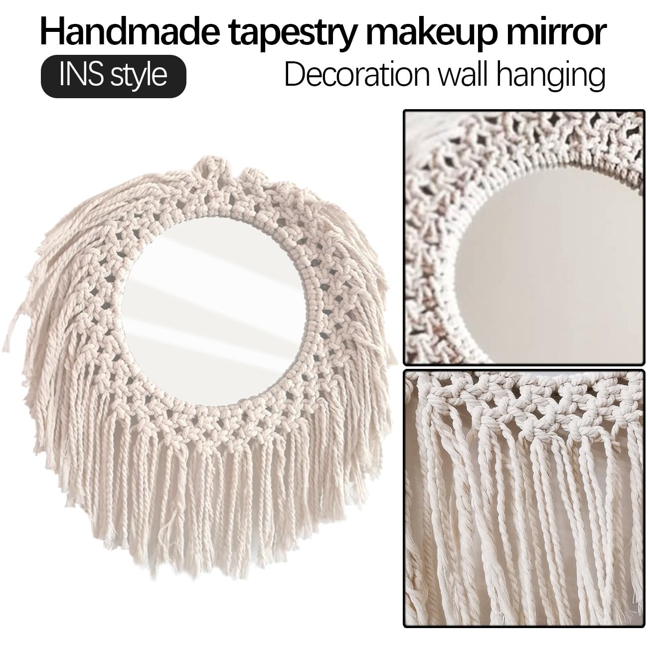 Pendurar uma parede espelho de macrame artesanal