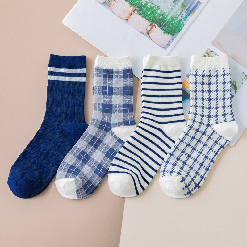 British Style Plover Grid Women Socks Striped Retro Casual Comfortable Cotton Female Socks Origianl Joker Absorb Sweat Sox