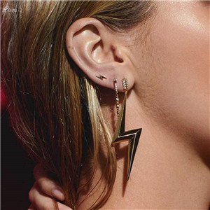 AOMU-New-Exaggeration-Crystal-Rhinestones-Lightning-Shape-Dangle-Earring-For-Women-Boho-Accessories-Ear-Jewelry