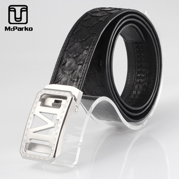 цена McParko Genuine Python Leather Belt Men Automatic Buckle Elegant Suits Trouser belt Waist Strap Luxury M Buckle Python Belt Male онлайн в 2017 году