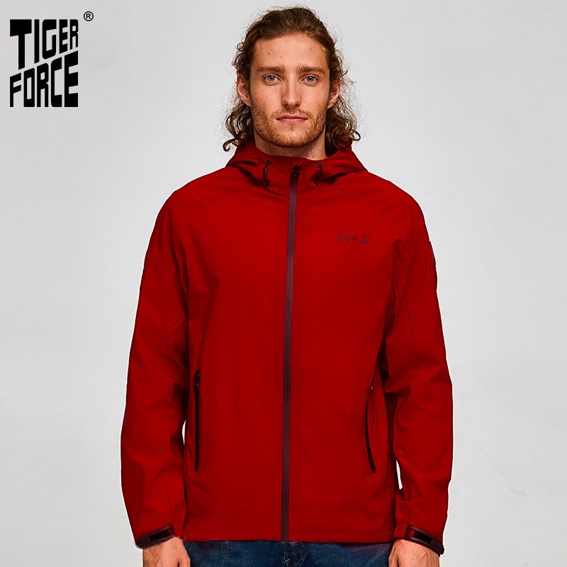 Tiger Force 2019 New Men Spring Jacket Hooded Casual Windbreaker Plus Size Fashion Bomber Jacket Man Windproof Coat Outerwear