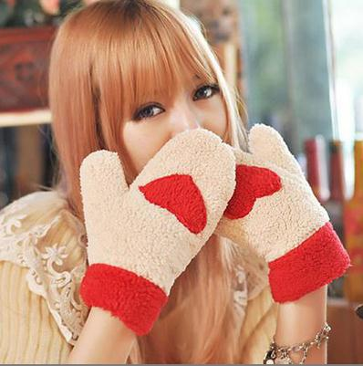 Cashmere Women Gloves Korean Style Lovely Heart Shaped Winter Warm Female Stretch Wrist Driving Glove Breathable Guantes