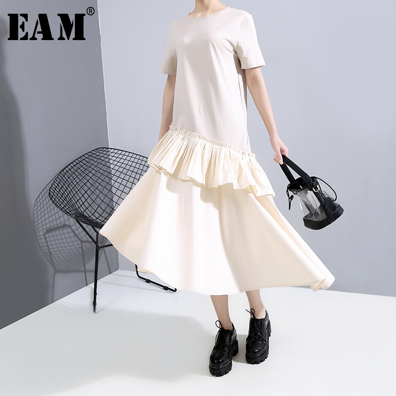 [EAM] Women Pleated Ruffles Asymmetrical Dress New Round Neck Short Sleeve Loose Fit Fashion Tide Spring Summer 2020 1T852