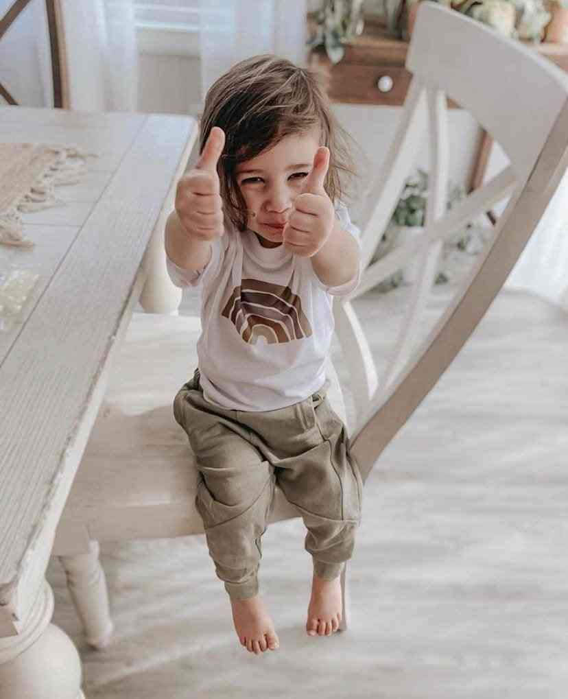 Bambini Maglietta Arcobaleno Arcobaleno T-Shirt Colori del Deserto Bambini Piazzole di Sosta Delle Ragazze Magliette E Camicette Tee Camicette Fede Camicia Arcobaleno Estate Del Manicotto Del Bicchierino T