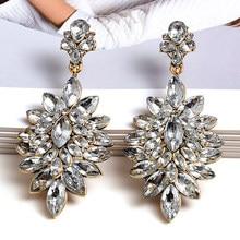 Atacado flor-em forma de brincos de cristal branco puro de alta qualidade moda gota brinco strass jóias acessórios para mulher
