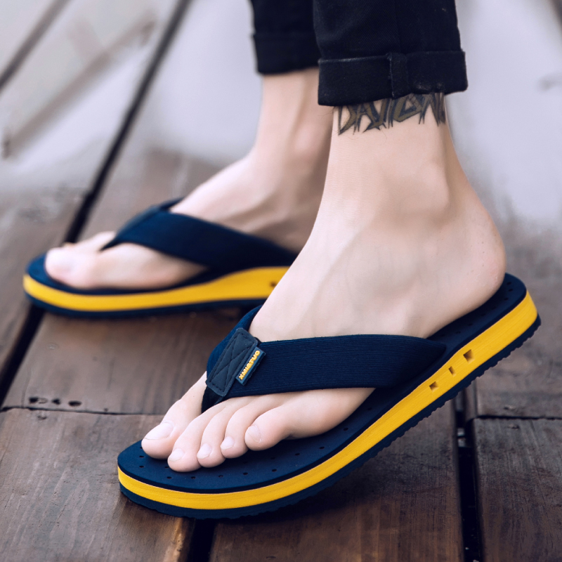 XMISTUO Summer Korean Big Size Tide Slippers Men Non-slip Cool Flip-Flops Breathable Thick-soled Sandals Slippers Toe Sandals