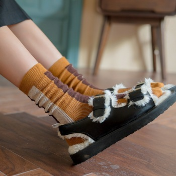 New Striped Women's Crew Socks Casual Warm Cotton Socks Fashion Trend Personality Thick Comfort Breathable Non-slip Socks Female