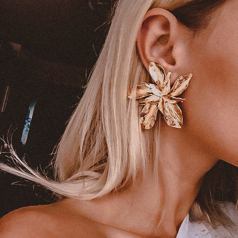 Free Shiping Elegant Silver Gold Rose Gold Big Flower Stus Earrings For Women Fashion Exaggerated Metal Floral Statement Earring