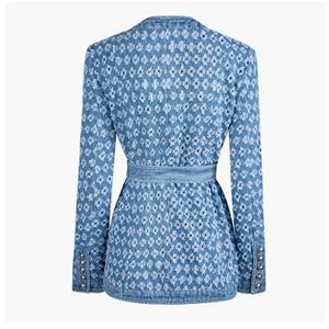 Image 5 - TWOTWINSTYLE Streetwear חלול את ג ינס נשים של מעילי O צוואר ארוך שרוול כיס תחרה עד מעיל נשי סתיו אופנה חדש 2020