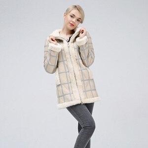 Image 2 - 2019 Real Sheep Shearing Autumn Winter Womens Tops Warm Leather Coat Women Vest New Fashion Sheepskin Sweater Vest Coat