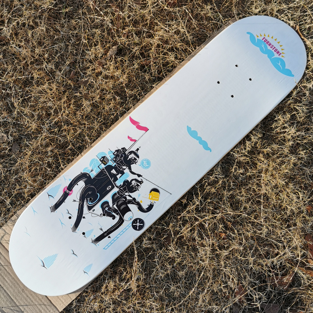Good Quality 7 Plies Of Canadian Maple Epoxy Glue Fashional Design Double Kick Skateboard Deck Professional Level For Adults
