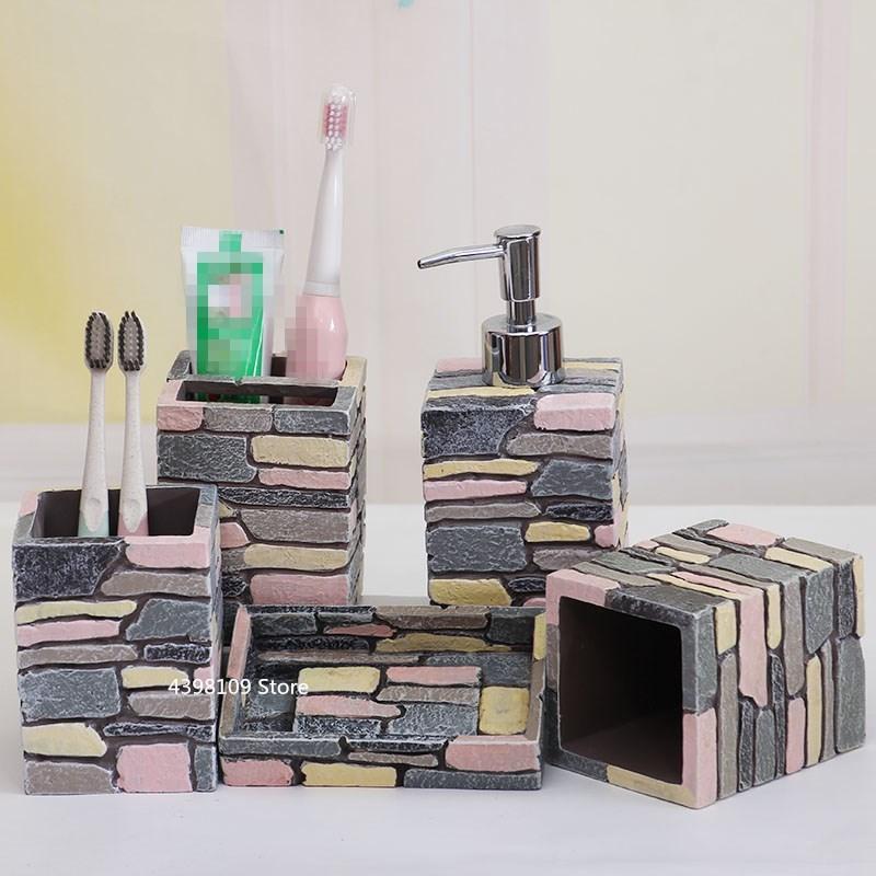 유럽 욕실 용품 5pcs 레트로 수 지 컬러 욕실 용품 칫 솔 홀더 비누 디스펜서 4pcs 욕실 용품-에서욕실 부품 세트부터 홈 & 가든 의  그룹 1