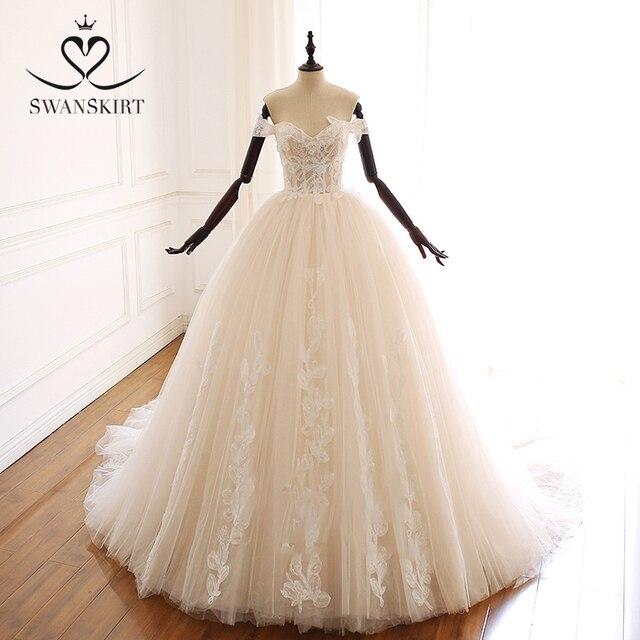 Swanskirt Appliques Beaded A Line Wedding Dress Sweethea Off Shoulder Princess Court Train Bridal Gown Vestido de Noiva A265