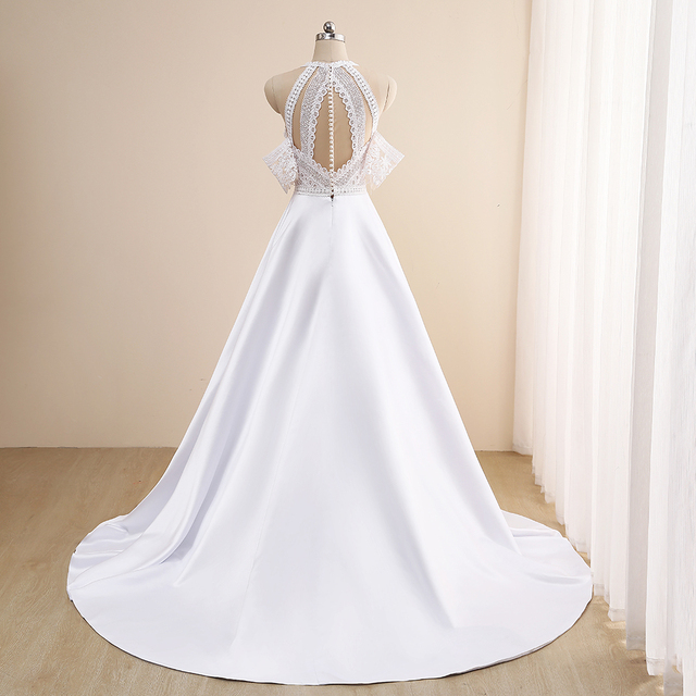 Simple A-Line Wedding Dresses Sexy Illusion O Neck Off Shoulder Button Cut-Out Lace Appliqued New 2021 Long Bridal Gowns Custom 5