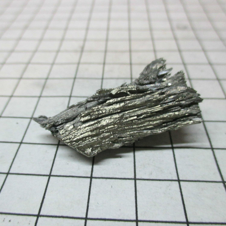 10 gram 99,5/% Samarium metal element 62 sample