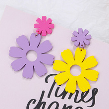 AMORCOME Unique Design Colorful Wooden Flowers Drop Earrings Fashion Jewelry Multicolor Dangle Earrings For Women Party Gift 2019 new jewelry fashion wolf cute cat design party hook earring colorful round drop earrings accessories for women pretty gift