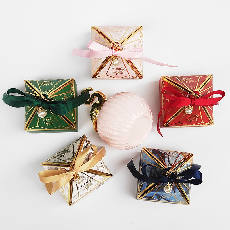 New Paper Gift Box Gem Tower Candy Box with Ribbon Bead Wedding Favor Decoration Baby Shower Packaging Event & Party Supplies