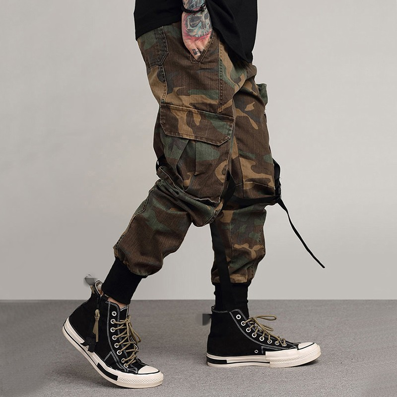 2020 New Fashion Mens Sweatpants Streetwear Loose Fit Hip Hop Cargo Pants Male Pocket Zipper Casual Camo Pants Plus Size 2XL