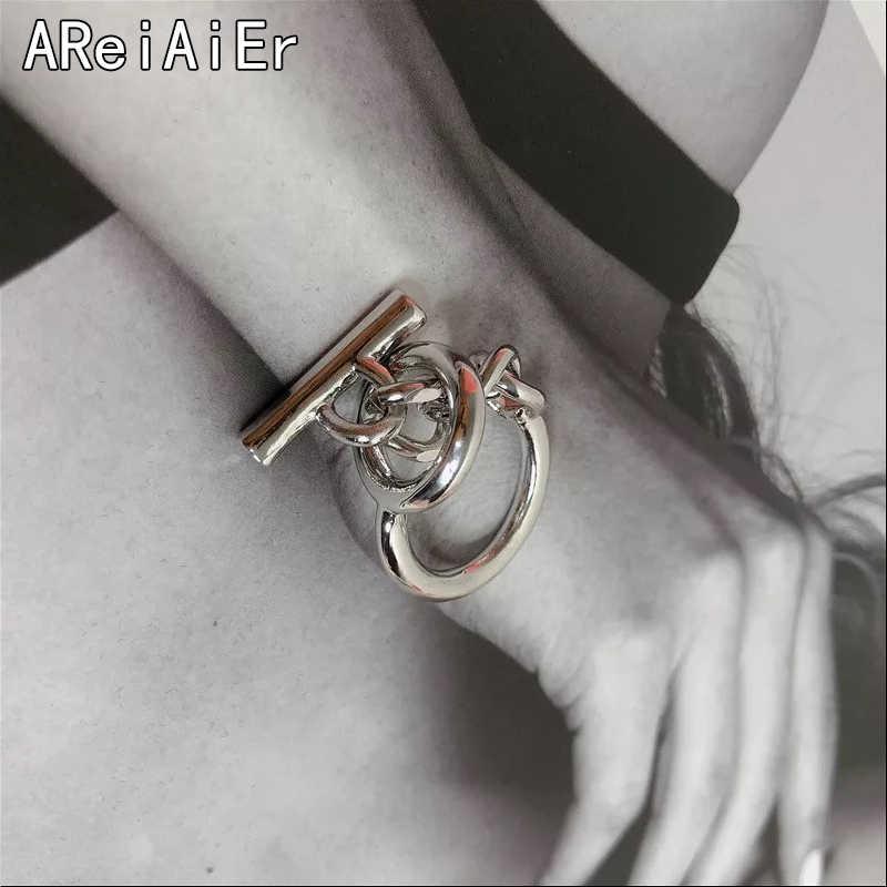 เกาหลี Dongdaemun Creative Word BUCKLE CHAIN เงินแฟชั่นหญิงสุทธิสีแดงแหวน INS Minimalist Cool ลมแหวนเครื่องประดับ