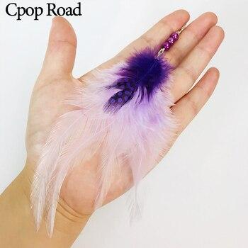 Cpop pendientes elegantes de plumas blancas y moradas de naturaleza, cuentas de diamantes de imitación, pendientes largos llamativos, joyería de plumas de moda, regalos para mujeres