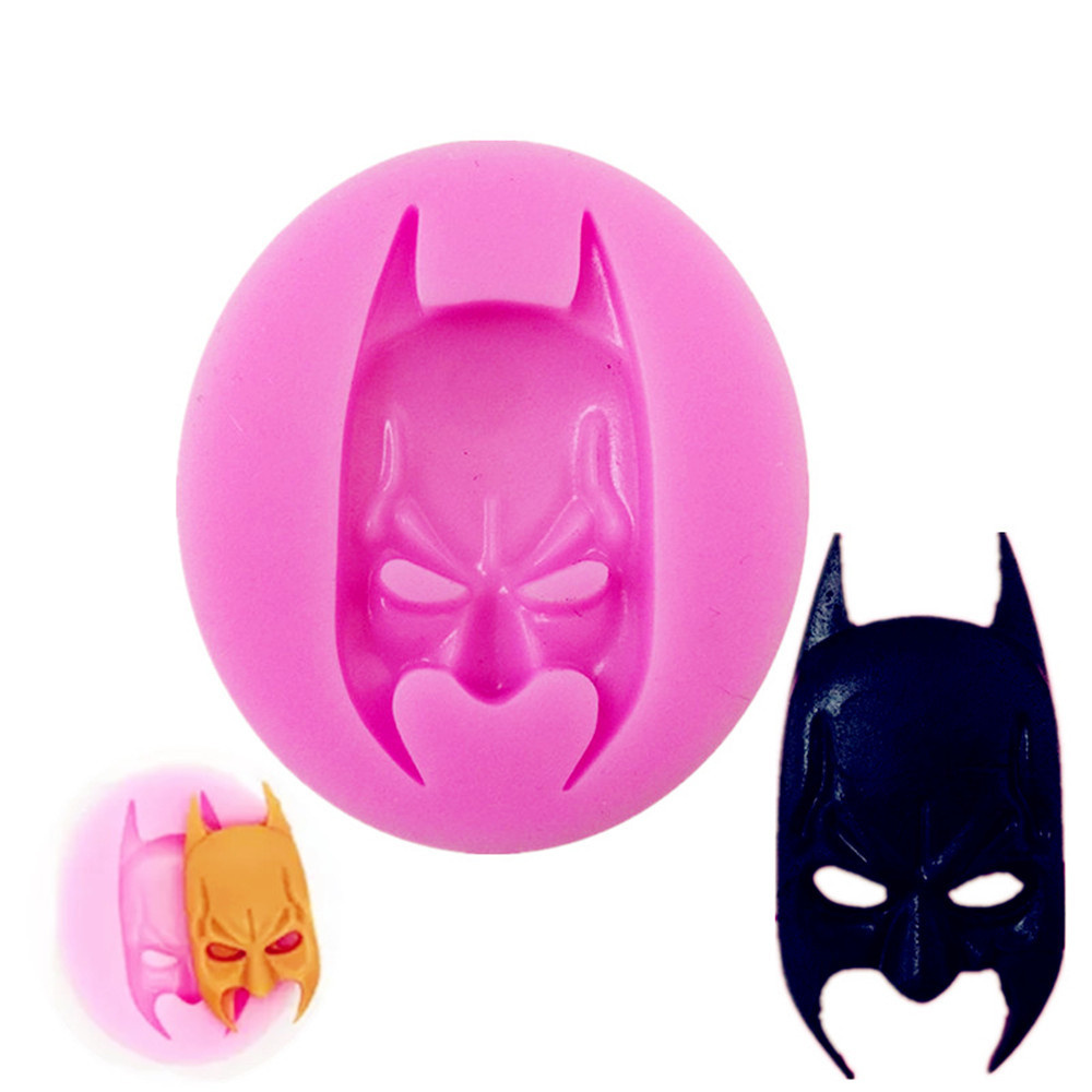 3D Batman Cartoon Mask Cake Liquid Silicone Mold Cake Chocolate Molds Pastry Pudding Ice Cube Mould Wedding Decoration DIY Tools