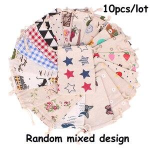 Image 4 - 10 ピース/ロット 10x1 2/10 × 14 センチメートルランダムミックスデザインコットン巾着袋アロマポーチベルベットのポーチバッグナチュラル麻布ヴィンテージバッグ